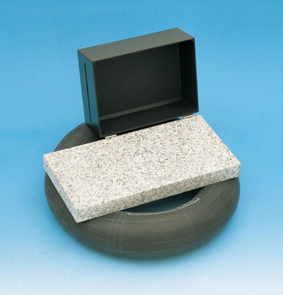 Plaque de base pour optique laser