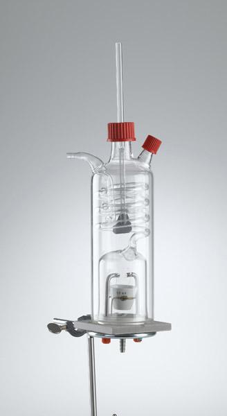 Calorimètre pour solides et liquides