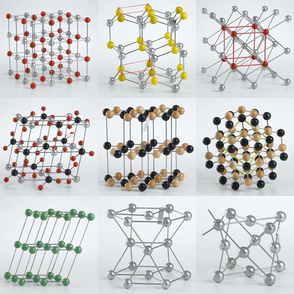 Réseaux cristallins, jeu de 9