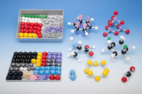 Coffret modèles moléculaires pour la chimie inorganique et organique, pour l'enseignant