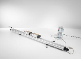 Troisième axiome de Newton et lois du choc - tracé et évaluation avec deux capteurs à ultrasons et CASSY