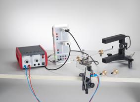 Force centrifuge exercée sur un corps en rotation - mesure avec l'appareil à force centrifuge et CASSY
