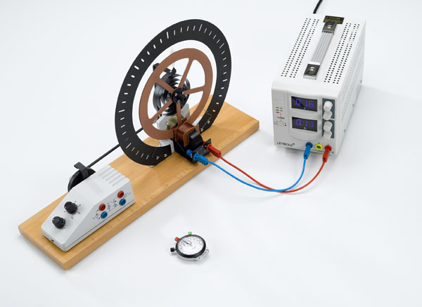 Oscillations de torsion libres - mesure avec le chronomètre manuel