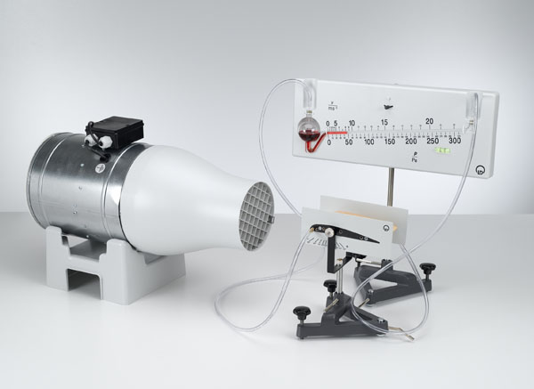 Répartition de la pression le long d'un profil d'aile - mesure de la pression avec le manomètre de précision