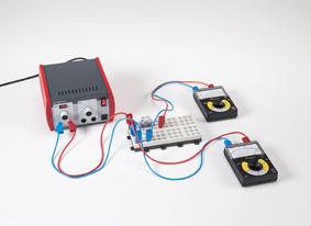 Le voltmètre comme résistance ohmique dans un circuit électrique