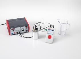 Détermination de la puissance de chauffage d'une charge ohmique dans un circuit à courant alternatif en fonction de la tension appliquée