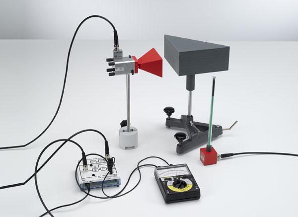 Expériences d'étudiants avec des micro-ondes