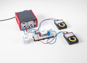 Etudes des propriétés de diodes des jonctions d'un transistor