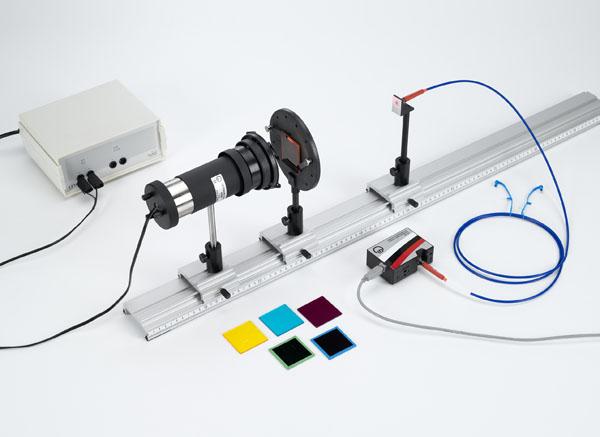 Spectres d'absorption de verres teintés - Tracé et exploitation avec un spectrophotomètre
