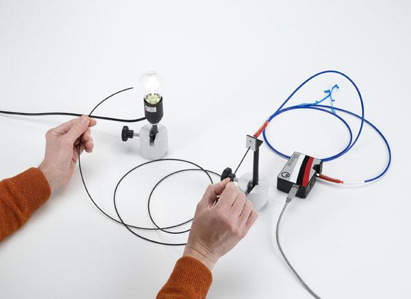 Spectres d'absorption de fibres optiques PMMA - Tracé et exploitation avec un spectrophotomètre