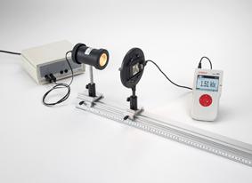 Détermination de l'intensité lumineuse en fonction de l'écartement de la source lumineuse - Mesure avec Mobile-CASSY