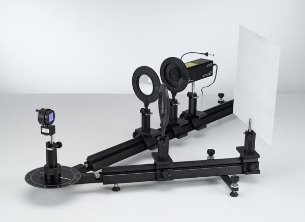 Détermination de la constante du réseau holographique à l'aide d'un laser He-Ne