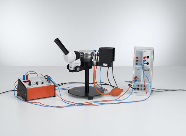 Détermination de la charge élémentaire électrique selon Millikan et mise en évidence de la quantification de la charge - Mesure de la tension flottante et de la vitesse de chute avec CASSY