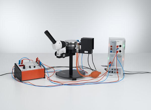 Détermination de la charge élémentaire électrique selon Millikan et mise en évidence de la quantification de la charge - Mesure de la vitesse d'ascension et de la vitesse de chute avec CASSY