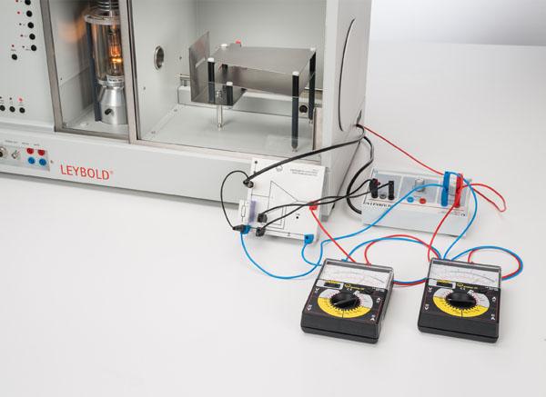 Mise en évidence de rayons X avec une chambre d'ionisation