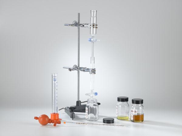 Séparation du pétrole à l'aide de la chromatographie sur colonne