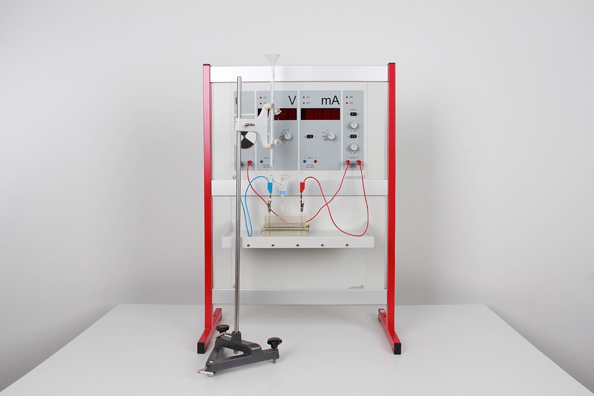 Titrage conductimétrique avec l'appareil de démonstration pour l'électrochimie