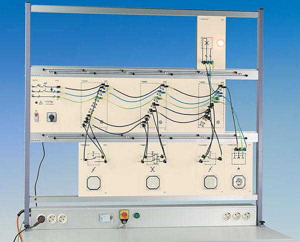 TG 4.100 Circuits d'installation avec interrupteurs, système de plaques