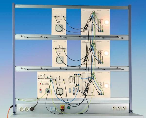 TG 4.110 Circuits d'installation avec boutons, équipement supplémentaire